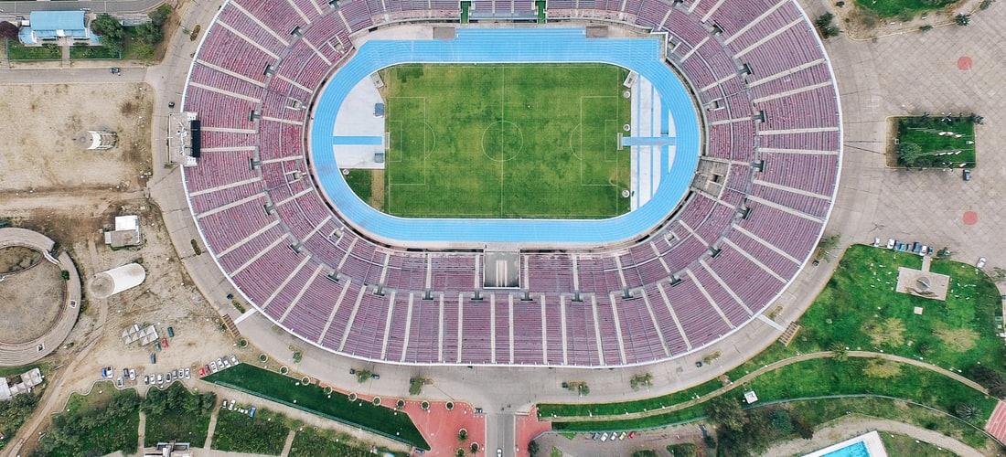 Futbol Soccer: El Estadio Azteca Parece Decaer