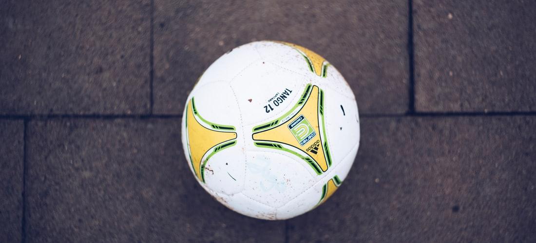 Futbol Soccer: Un Futbol de Dos