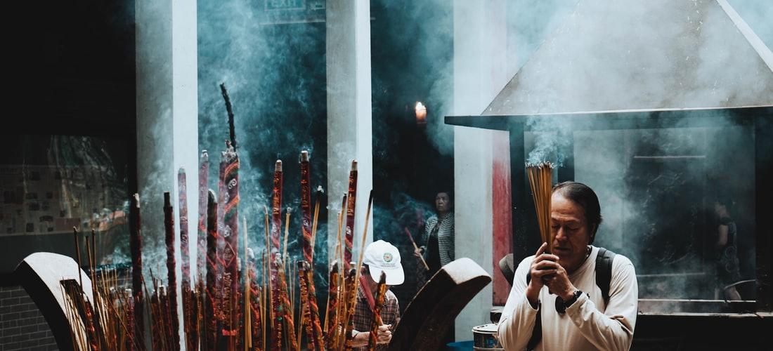 Religión: Hechizo y Rituales para Principiantes