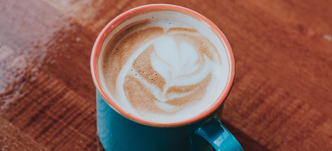 Historia:  el Café Se Mueve por Europa y Llega a Francia