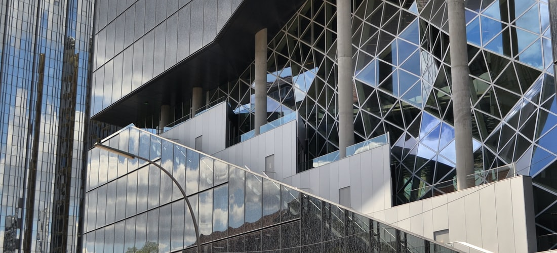 PyMEs: Sanitas Oficinas Madrid