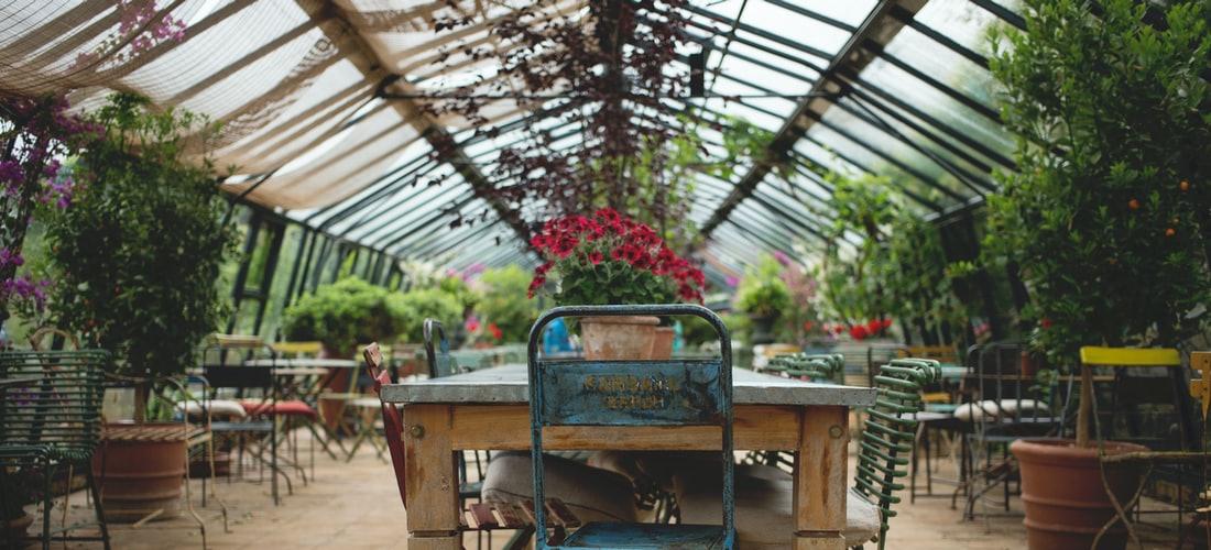 Decoración y Diseño: No Sólo Sillas para los Muebles de Jardín