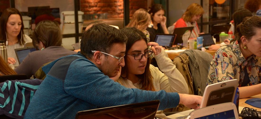 Amistad: El Encontrar Pareja en Internet es Cosa de Adultos