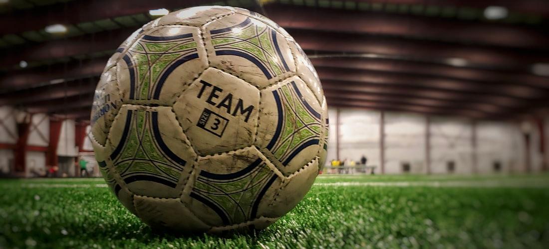 Hoteles y Alojamiento: Bluebay Hotels & Resorts y Málaga Club de Fútbol Firman un Acuerdo de Patrocinio para la Dos Próximas Temporadas