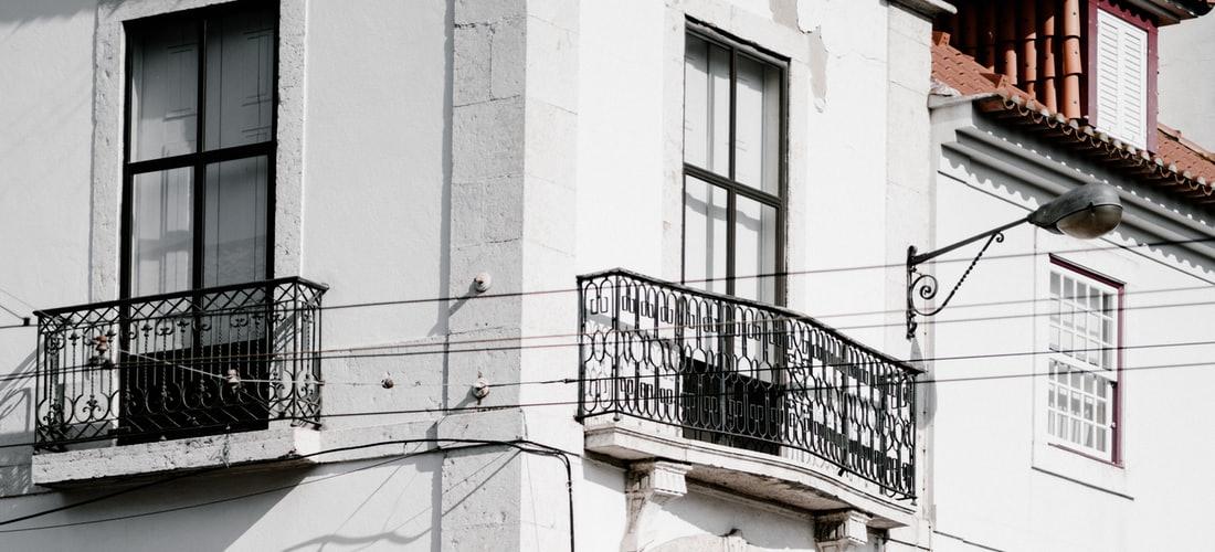Atención al Cliente: Realice la Instalación de Toldos en Galicia Con Toldo Ibérica