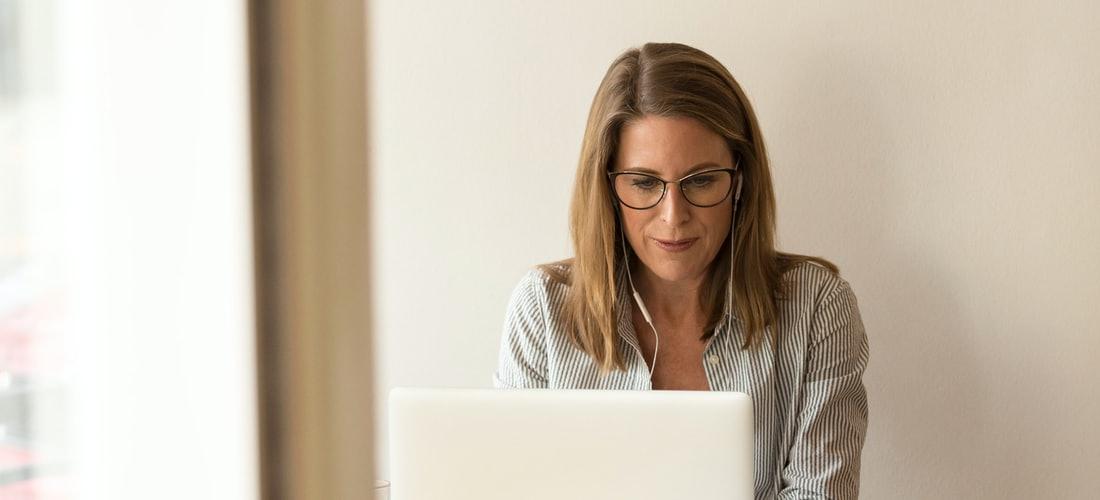 Dinero en Internet: Negocios de Como Aprender a Ser Sumamente Novedosos