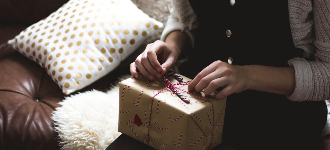 Administración y Negocios: Comprar regalos baratos: cuales son las claves