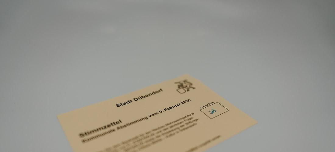 Religión: Las Cartas del Tarot - Ve Cooperación y Fuerza