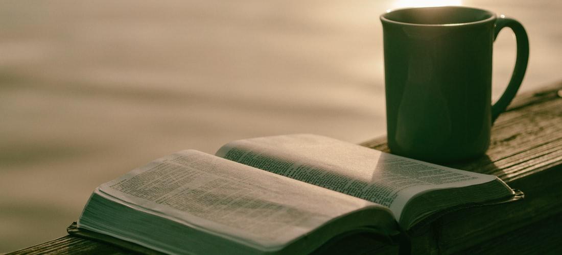 Religión: Cuando el Pasado Vuelve en la Lectura de las Cartas