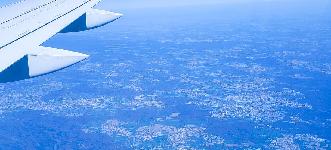 Comunicaciones: Avion Privado Falcon 2000 por los Ejecutivos de Negocios