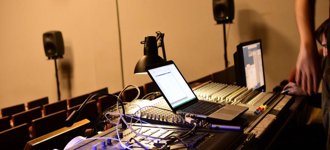 Música: Luz y Sonido  16513178