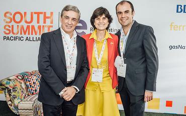 Federico Flórez (Ferrovial), María Benjumea (South Summit) y Juan Carlos Garativo (Innpulsa Colombia)