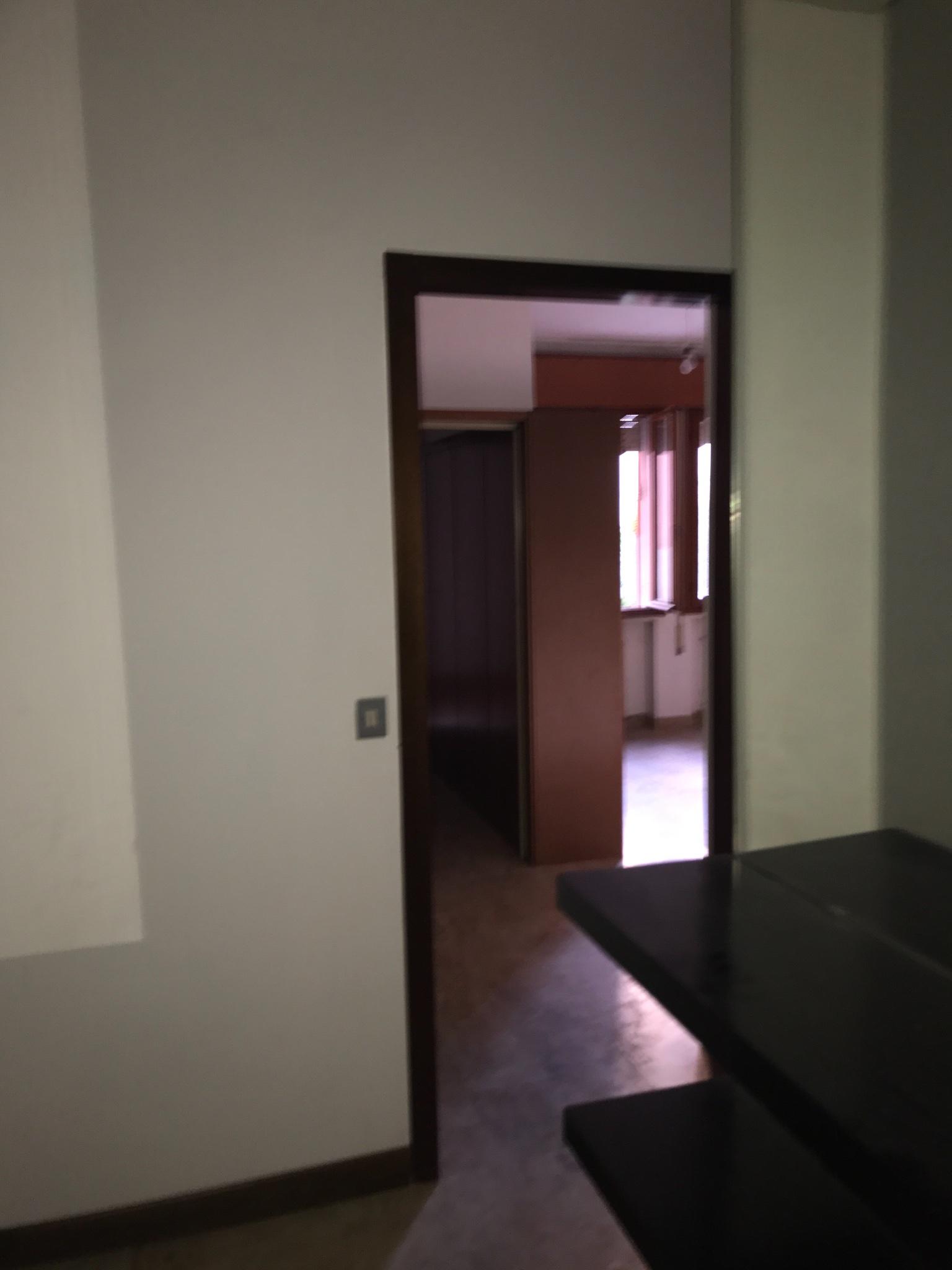 Lucida pavimenti marmo e parquet rifare bagno tinteggiare piastrelle c instapro for Tinteggiare il bagno