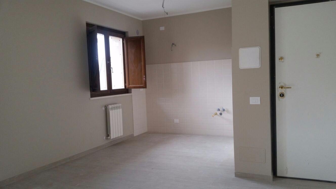 Spostare il rubinetto del gas in cucina da una parete all - Foro nel muro della cucina per normativa gas ...