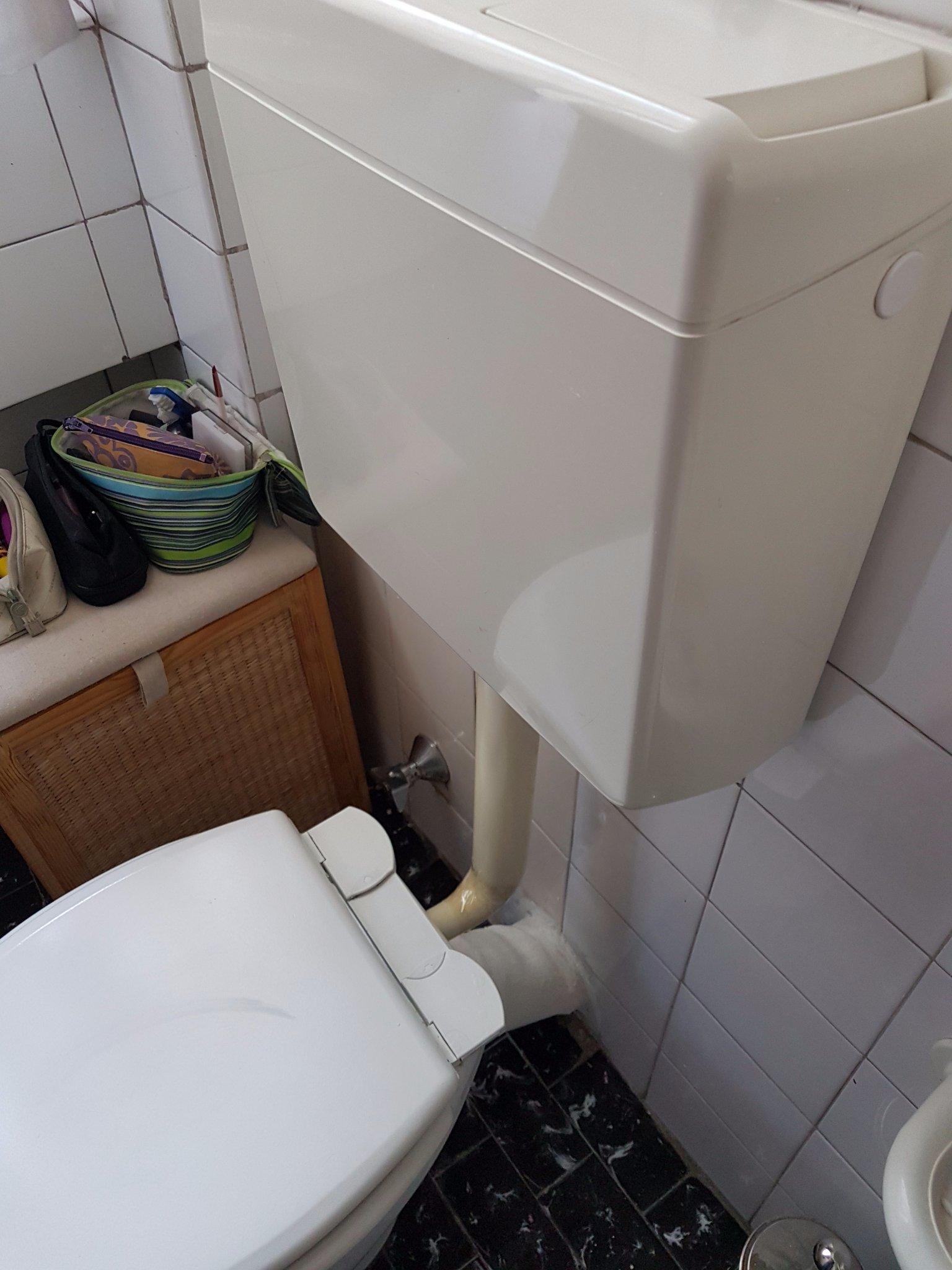 Sostituzione tubo di scarico wc e miscelatore rubinetto cucina instapro - Miscelatore cucina perde acqua ...