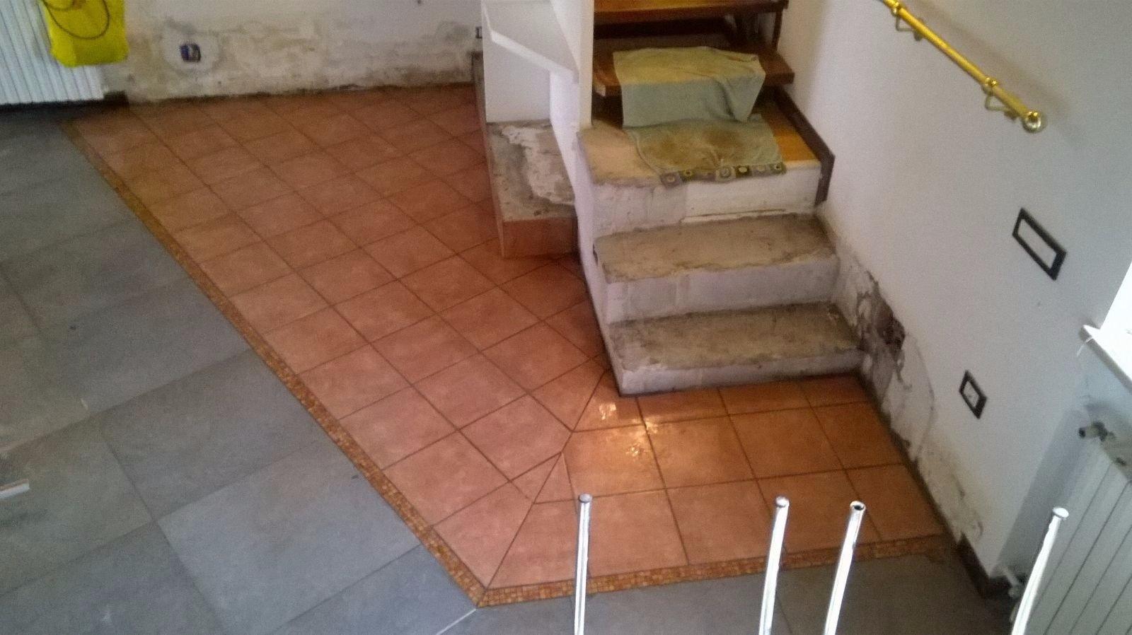 Rivestimento gradini con piastrelle instapro