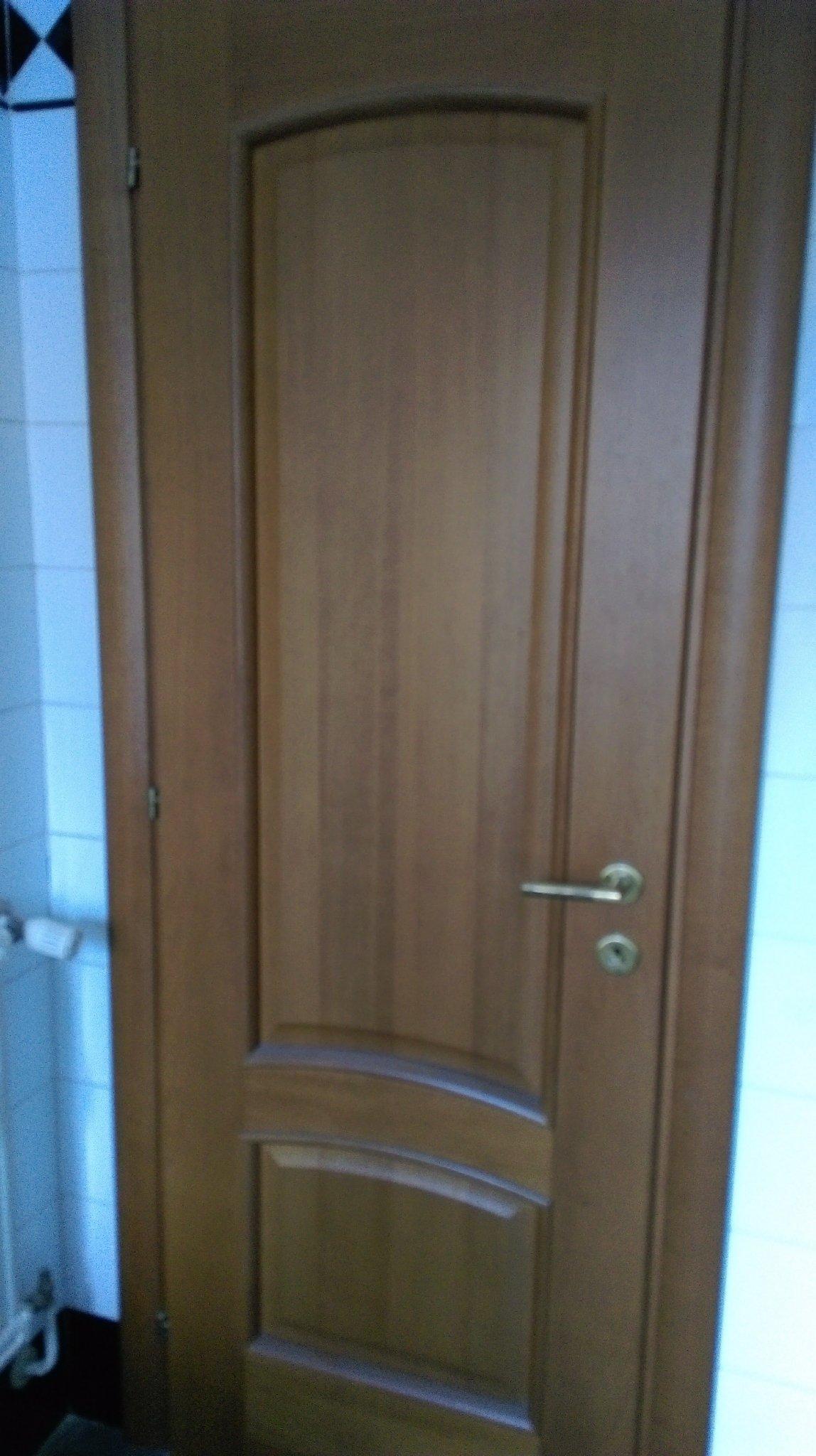 Verniciare Porte In Legno.Verniciatura Porte Legno Massello Instapro