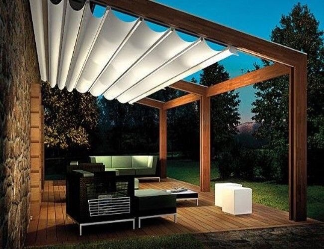 Pergola per terrazzo con tendaggi mobile - Instapro