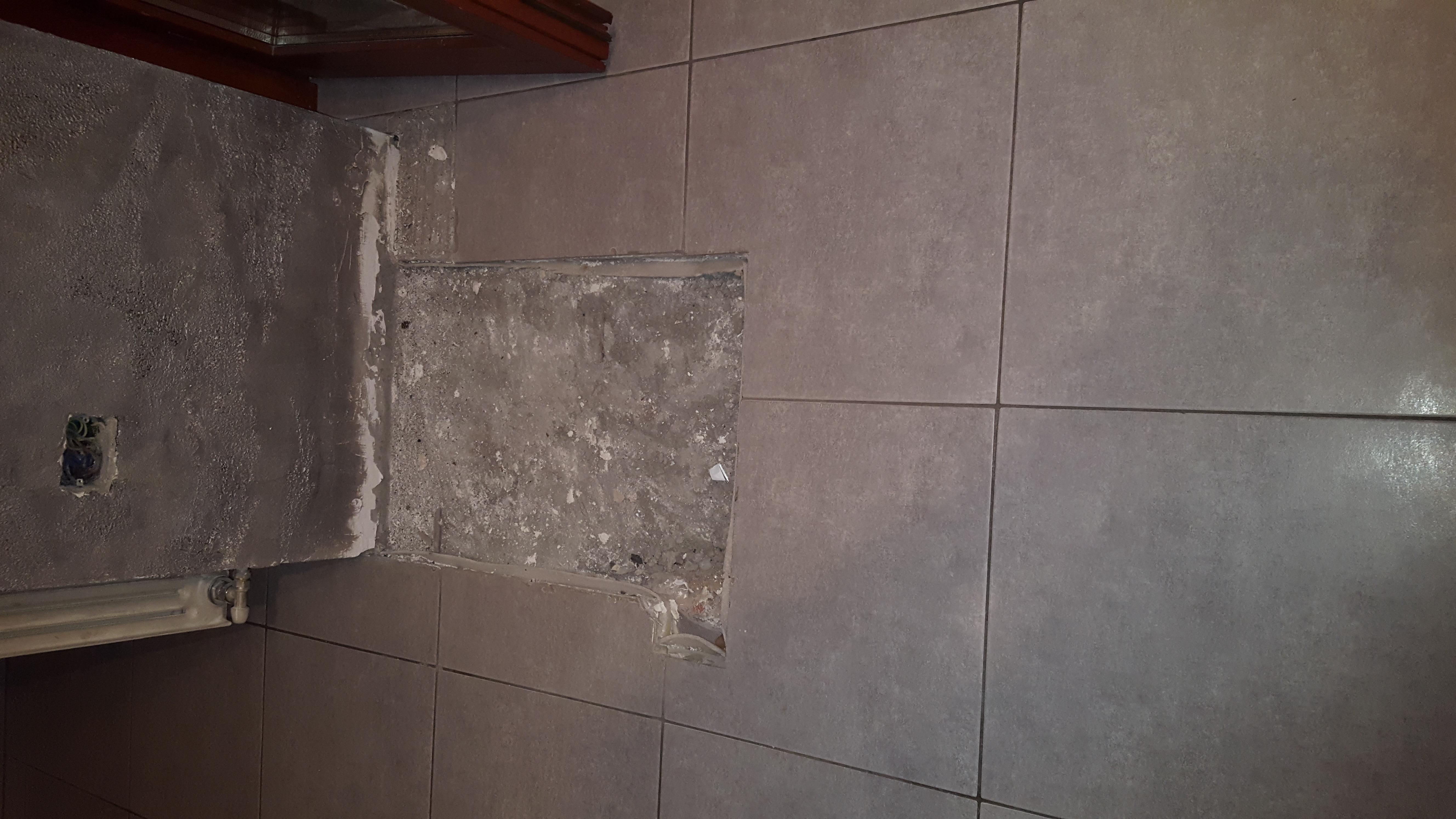 Posa piastrelle: 10 mq; Pavimento; Soggiorno, Cucina - Instapro