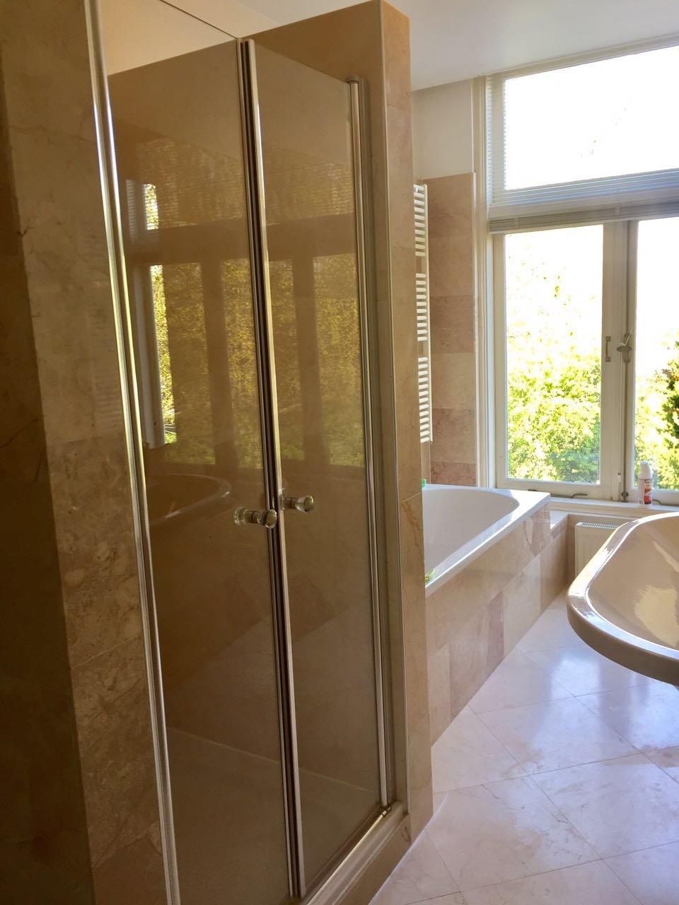 Een badkamer maken werkspot for Een badkamer