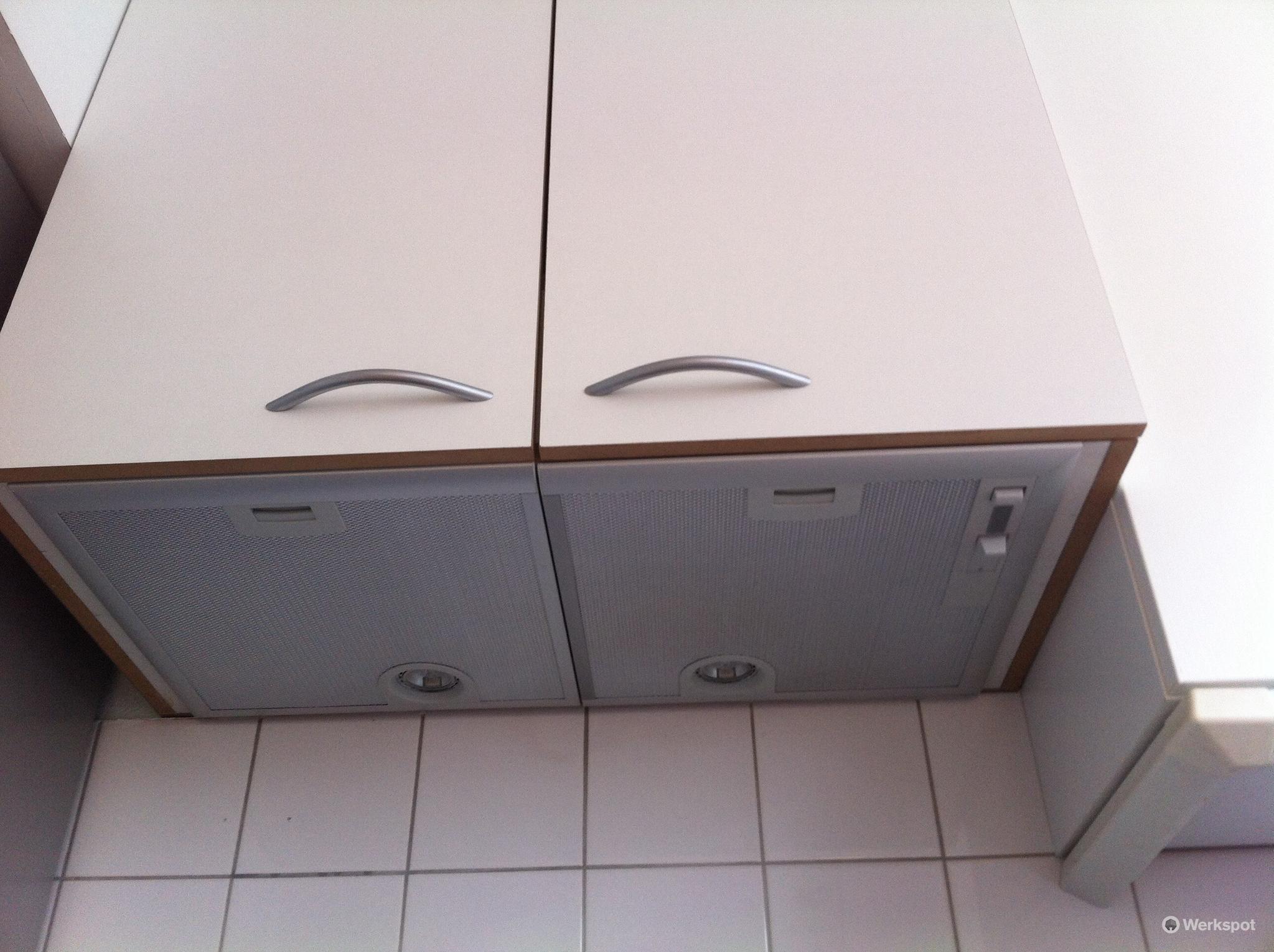 Extra Werkblad Keuken : Hoogglans keuken met betonlook blad kastenwand kookeiland en