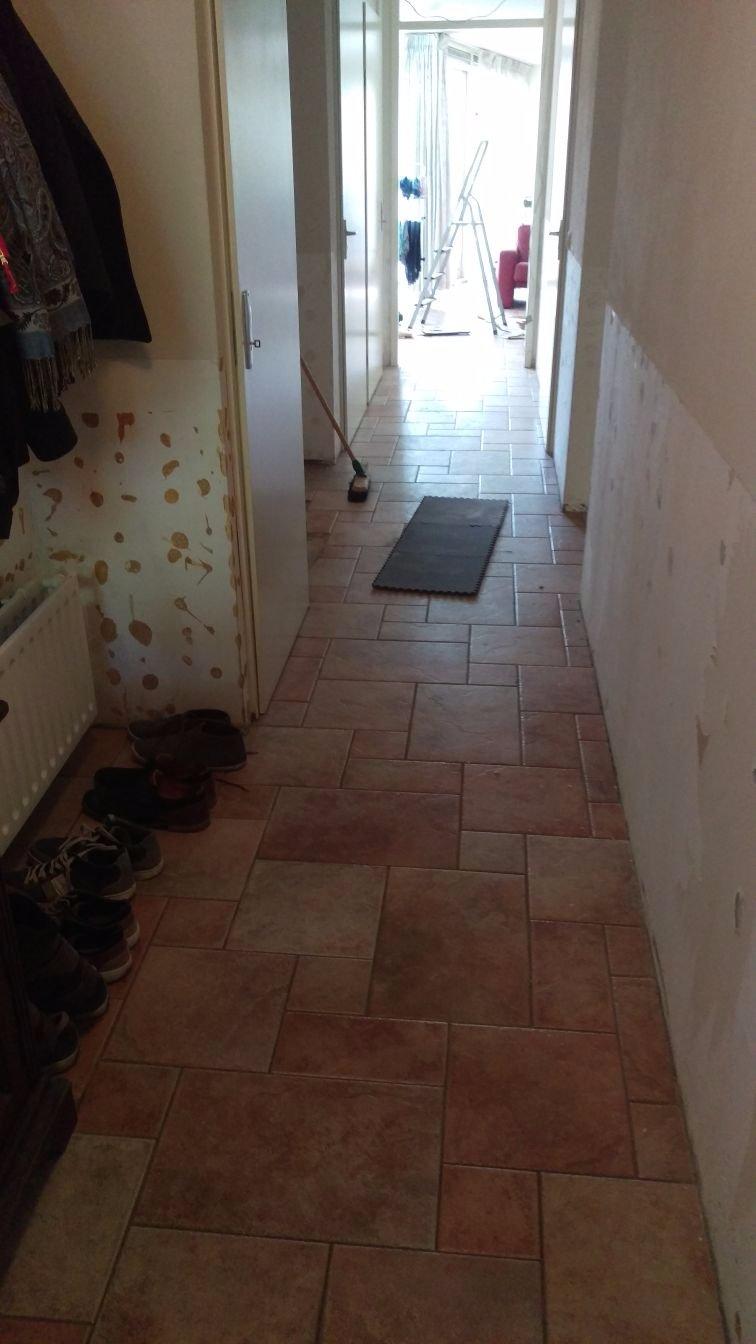 Top Plavuizen vloer met vloerverwarming verwijderen + egaliseren 55m2 DJ25