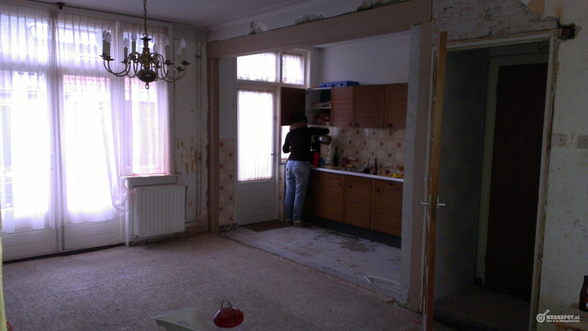 Constructieberekening draagmuur slopen en plaatsen draagconstructi werkspot - Kamer met balken ...