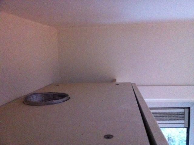 Afzuiging Badkamer Muur : Afzuiging badkamer vervangen gat boren voor afzuiging keuken