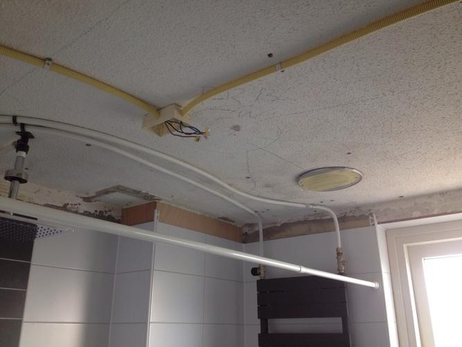 Badkamer plafond verlagen cheap badkamer plafond maken luxe