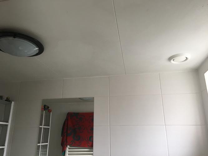 Afzuiging In Badkamer : Aanleggen electrische afzuiging badkamer werkspot