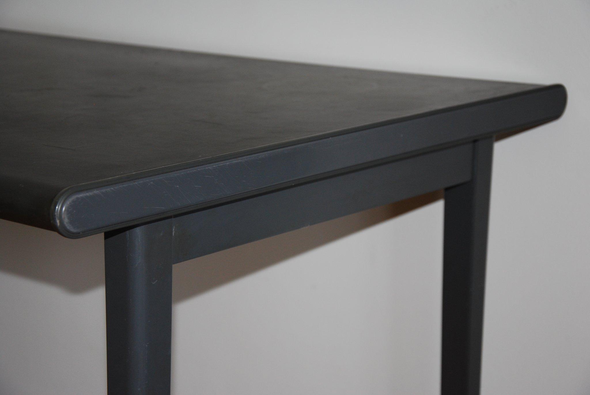 Vervangen toplaag tafelblad gispen werkspot