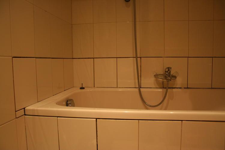 Badkamer Kraan Vervangen : Badkamerkraan plaatsen plus tegels achter kraan vervangen werkspot