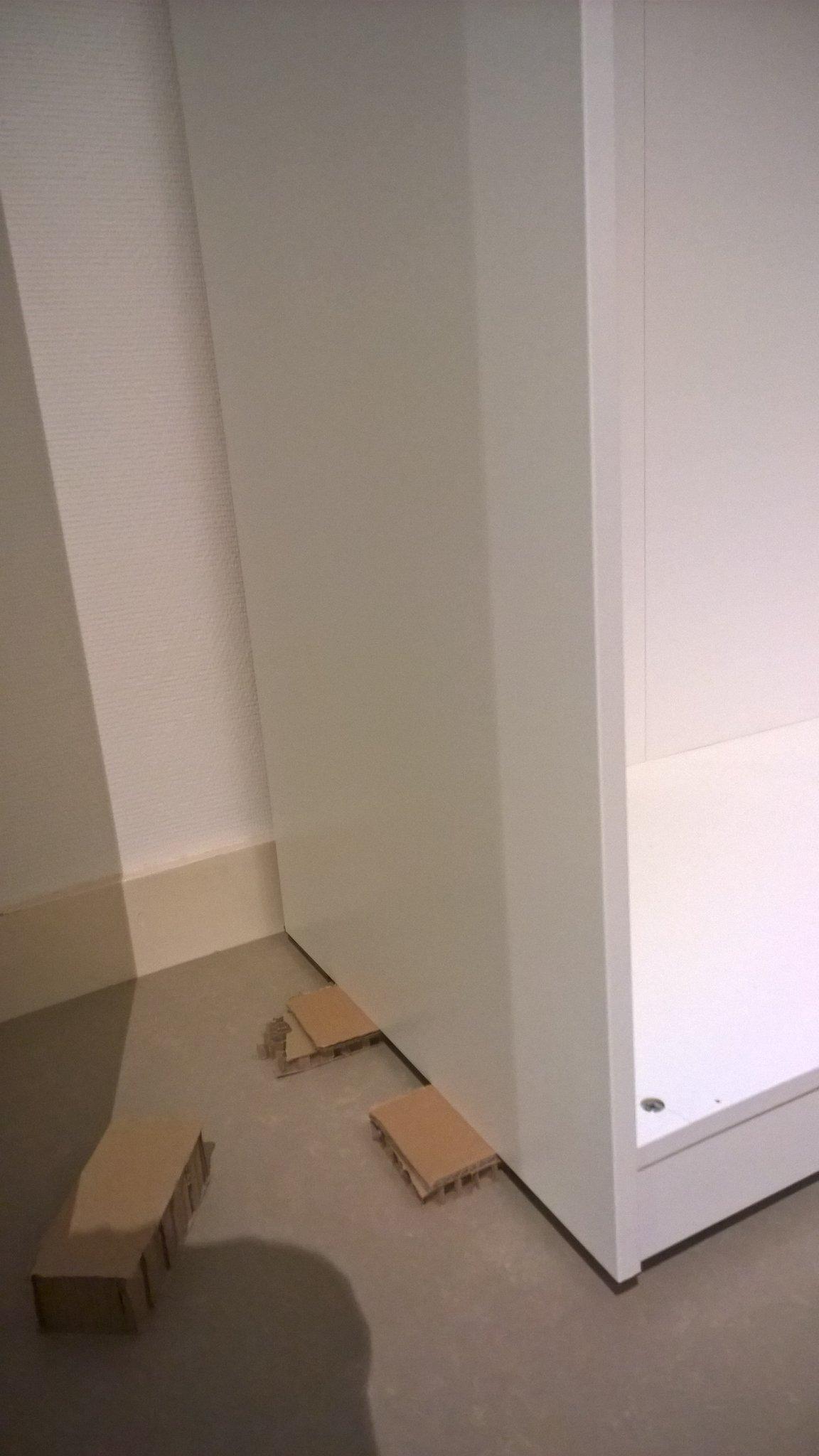 Ikea Pax Kast Afmaken Basis Staat Maar Lastig Waterpas Te
