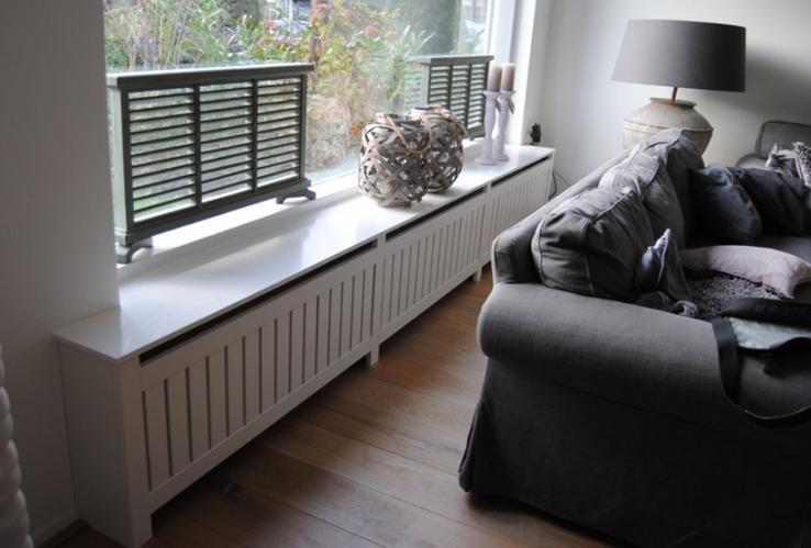 Ombouw radiator met vensterbank werkspot for Vensterbank decoratie hout