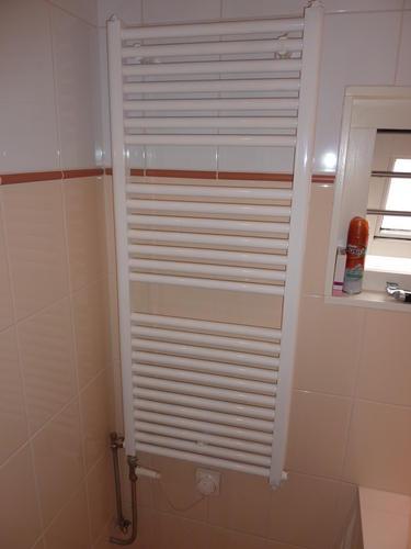 Radiator badkamer vervangen - Werkspot