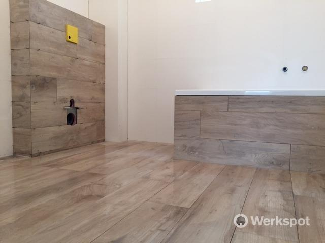 Leggen keramisch parket vloer werkspot