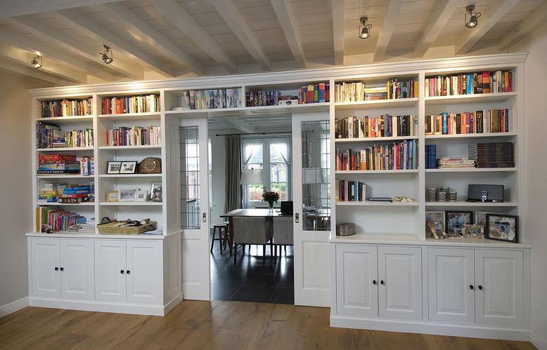 2 inbouwkasten (slaapkamer en woonkamer) - Werkspot