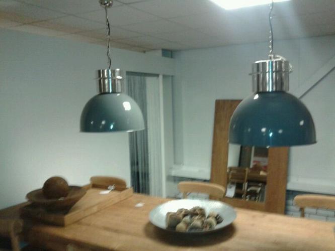 2 hanglampen boven eettafel - Werkspot