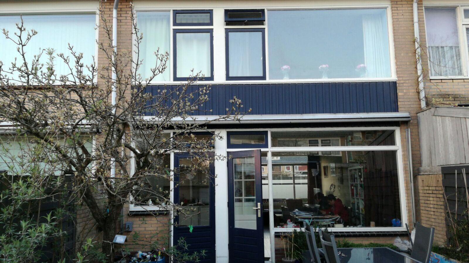 Buitenkant huis schilderen en hout reparatie werkspot - Buitenkant thuis ...