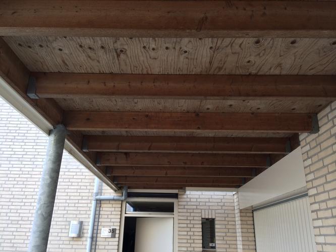 Aftimmeren/afwerken plafond carport - Werkspot