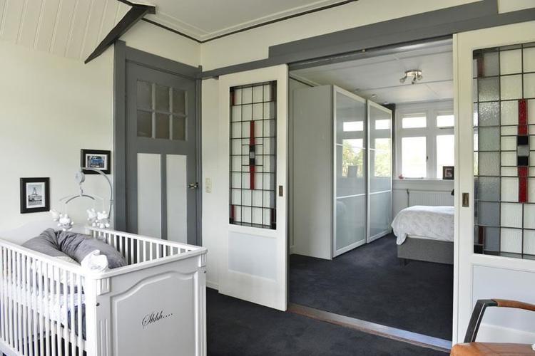 En Suite Deuren : En suite deuren weghalen wandje plaatsen en stucen werkspot