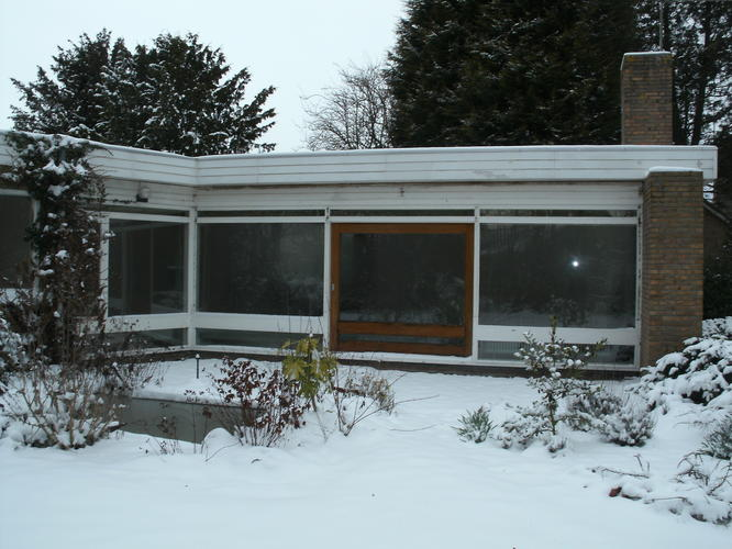 reinigen en impregneren 150 m2 van een bungalow werkspot. Black Bedroom Furniture Sets. Home Design Ideas
