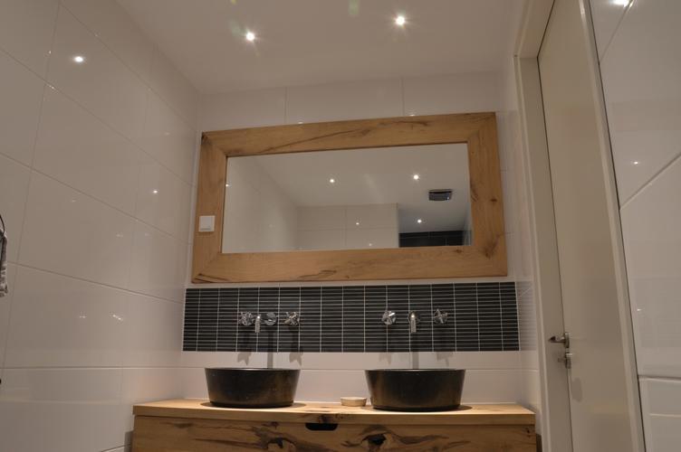 het maken van een eikenhouten spiegel afm ca 1 80 x 1. Black Bedroom Furniture Sets. Home Design Ideas