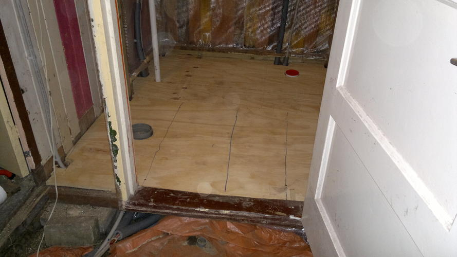 Underlayment In Badkamer : Badkamer tuinhuis tegelklaar maken cm werkspot