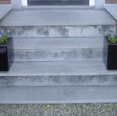 Verhoogd terras 3 trappen hellingbaan werkspot - Hoe dicht terras ...
