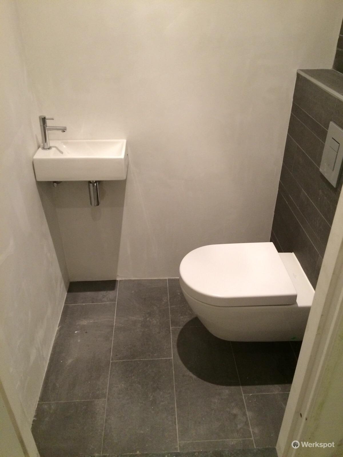 Complete badkamer en toilet plaatsen - Werkspot