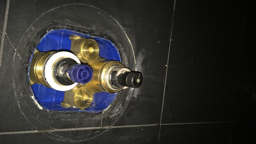 Populair Thermostaat kraan douche geeft geen warm water - Werkspot HT15