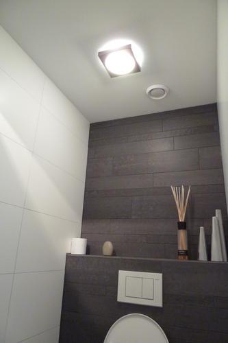 Renovatie standaard toilet werkspot for Toilet betegeld