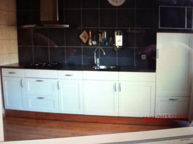 2de Hands Keuken : Voorbereid plaatsen nieuwe keuken en plaatsen tweedehands keuken