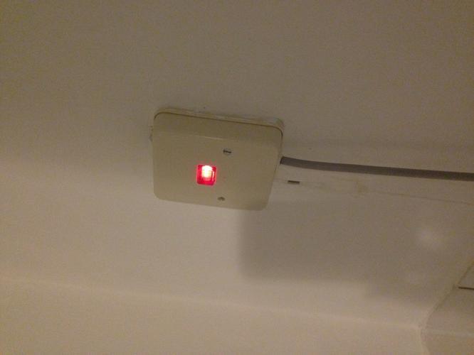 Stopcontact aanleggen badkamer - Werkspot